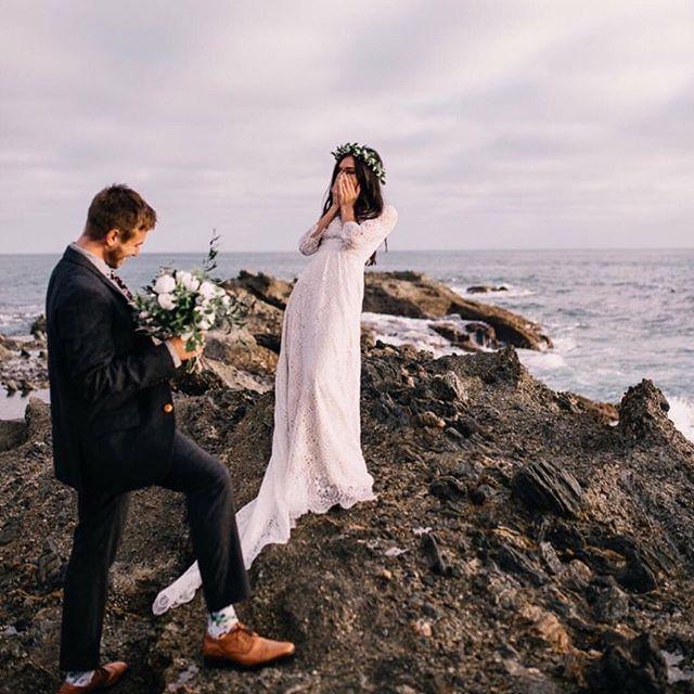 Il y'a le ciel, le soleil et la mer... #pruneetsibylle #mariage #bythesea