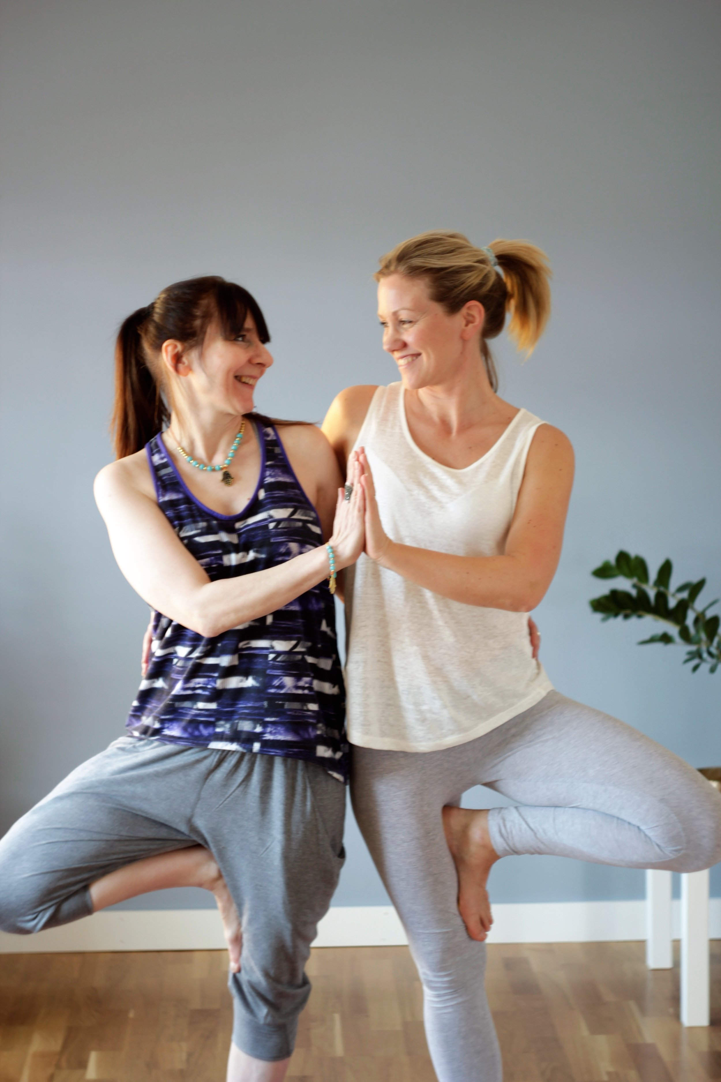 Velkommen til oss på Flyt Yoga!