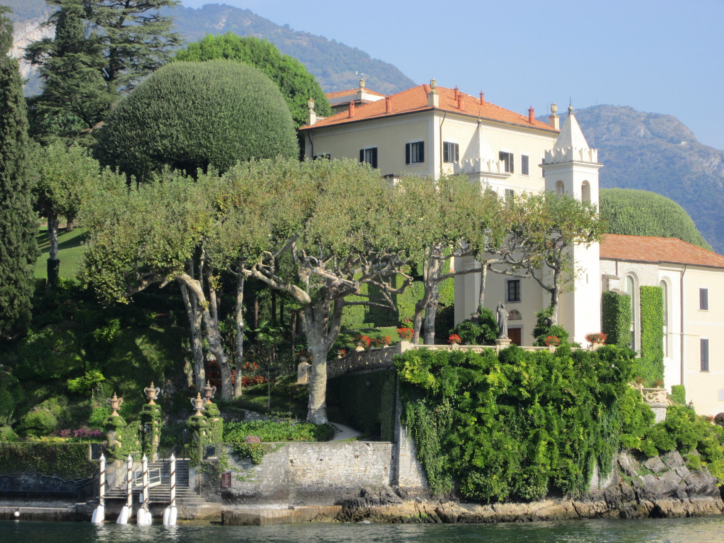 Villa Balbianello as seen when approached by motorboat. Note the boat landing, lower left.