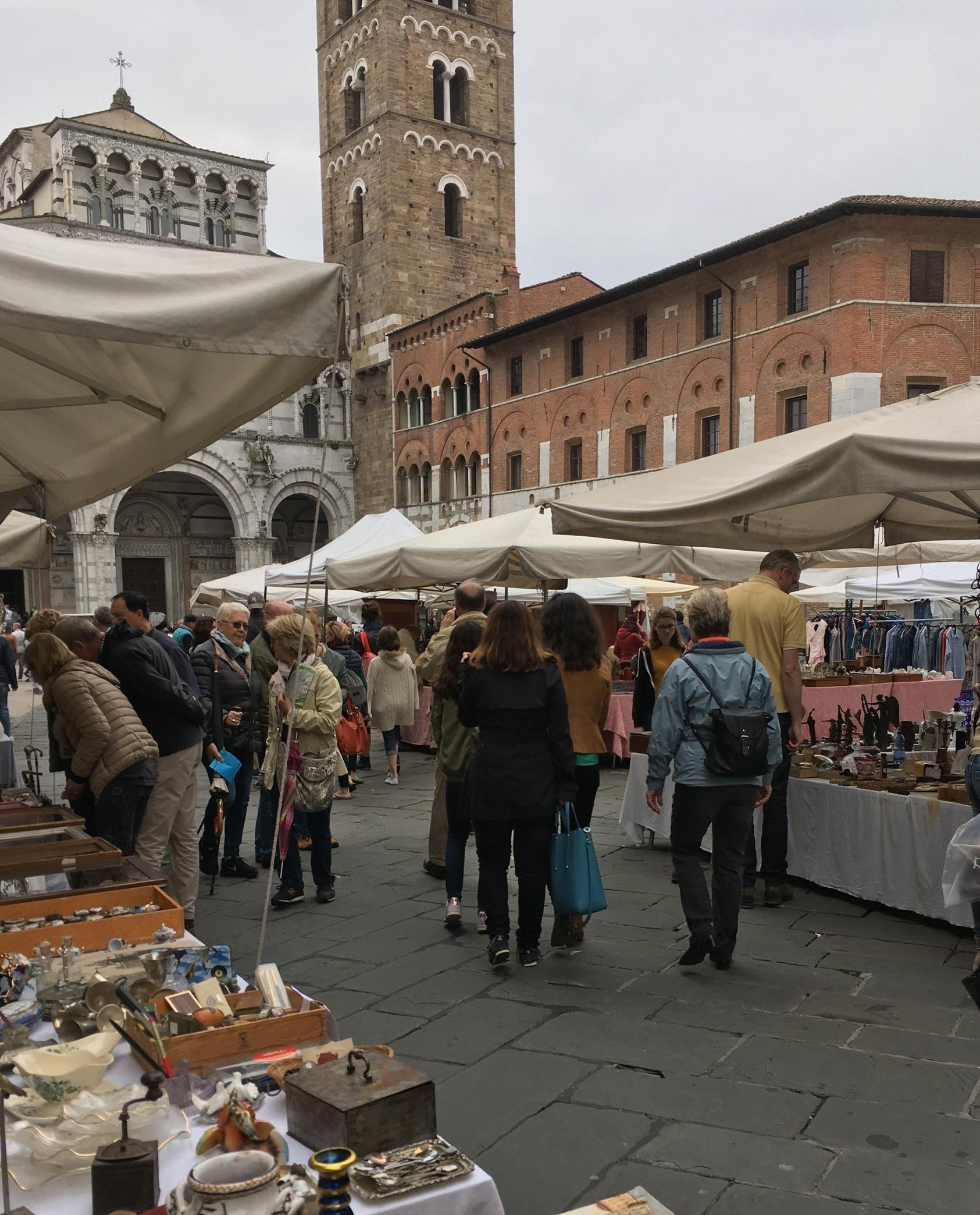 Mercato Antiquario, Lucca