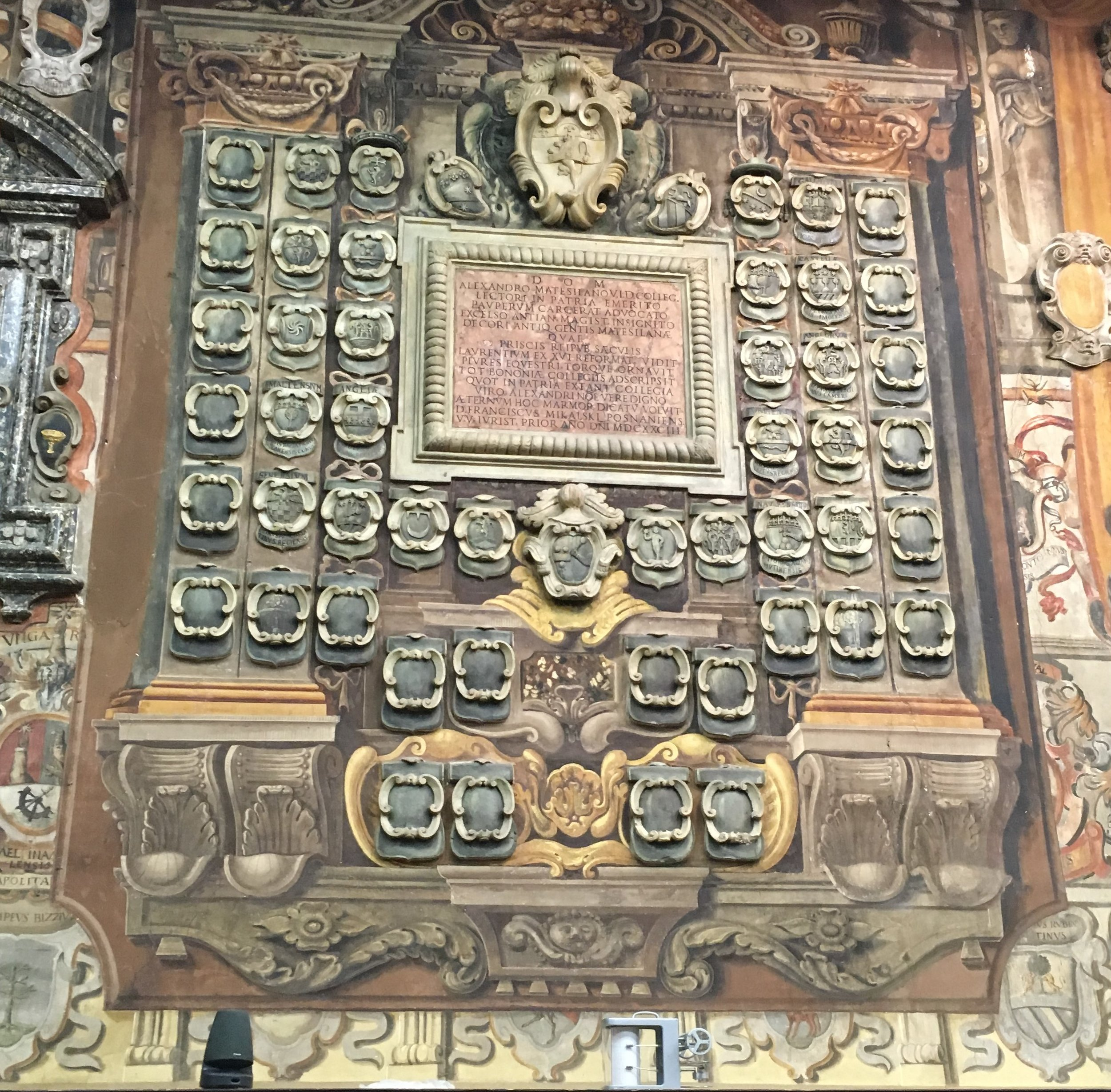Family Crests Biblioteca dell'Archiginnasio