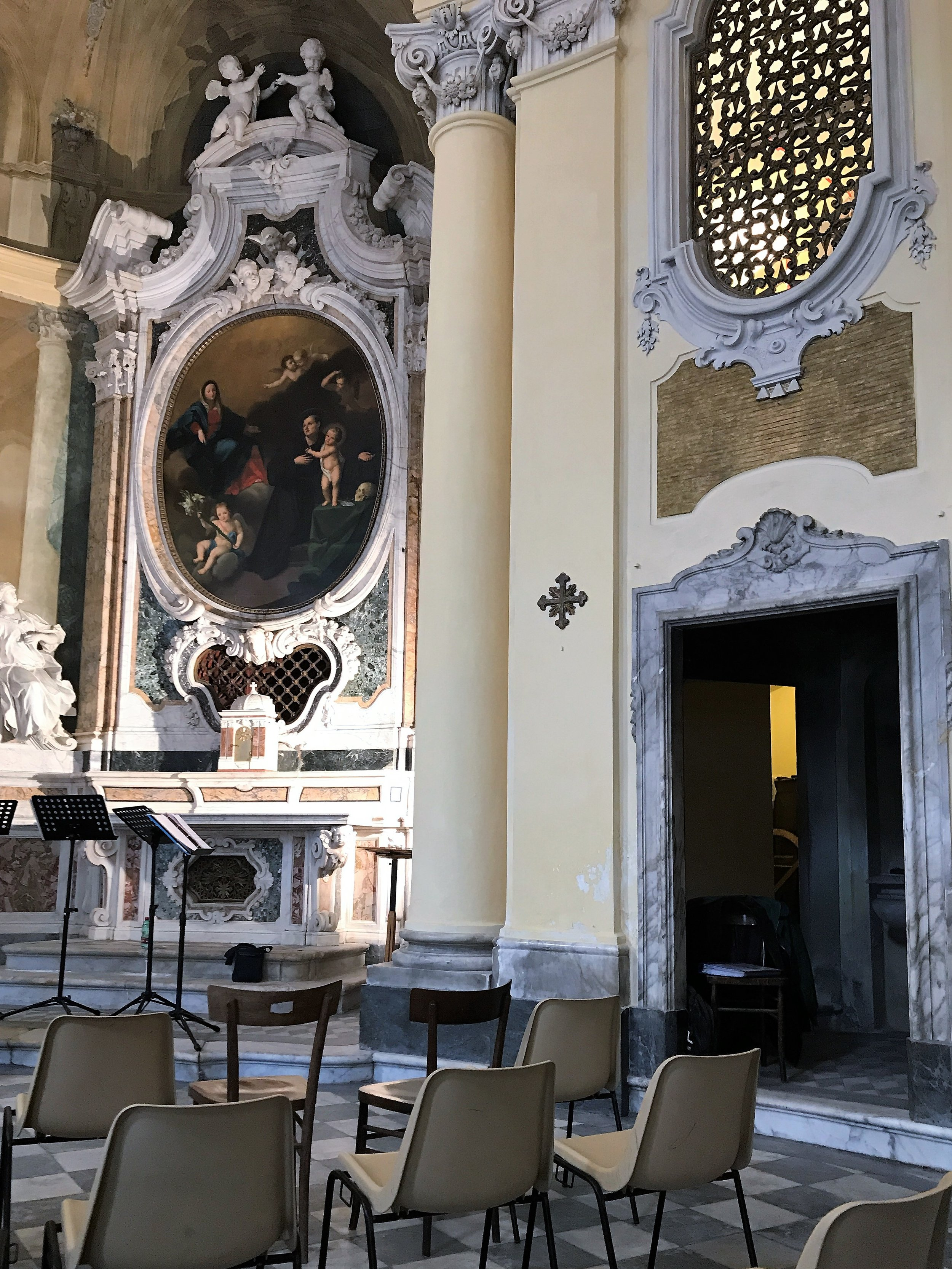 The stage is set for a swing concert in the Chiesa di Santa Catarina in Lucca.