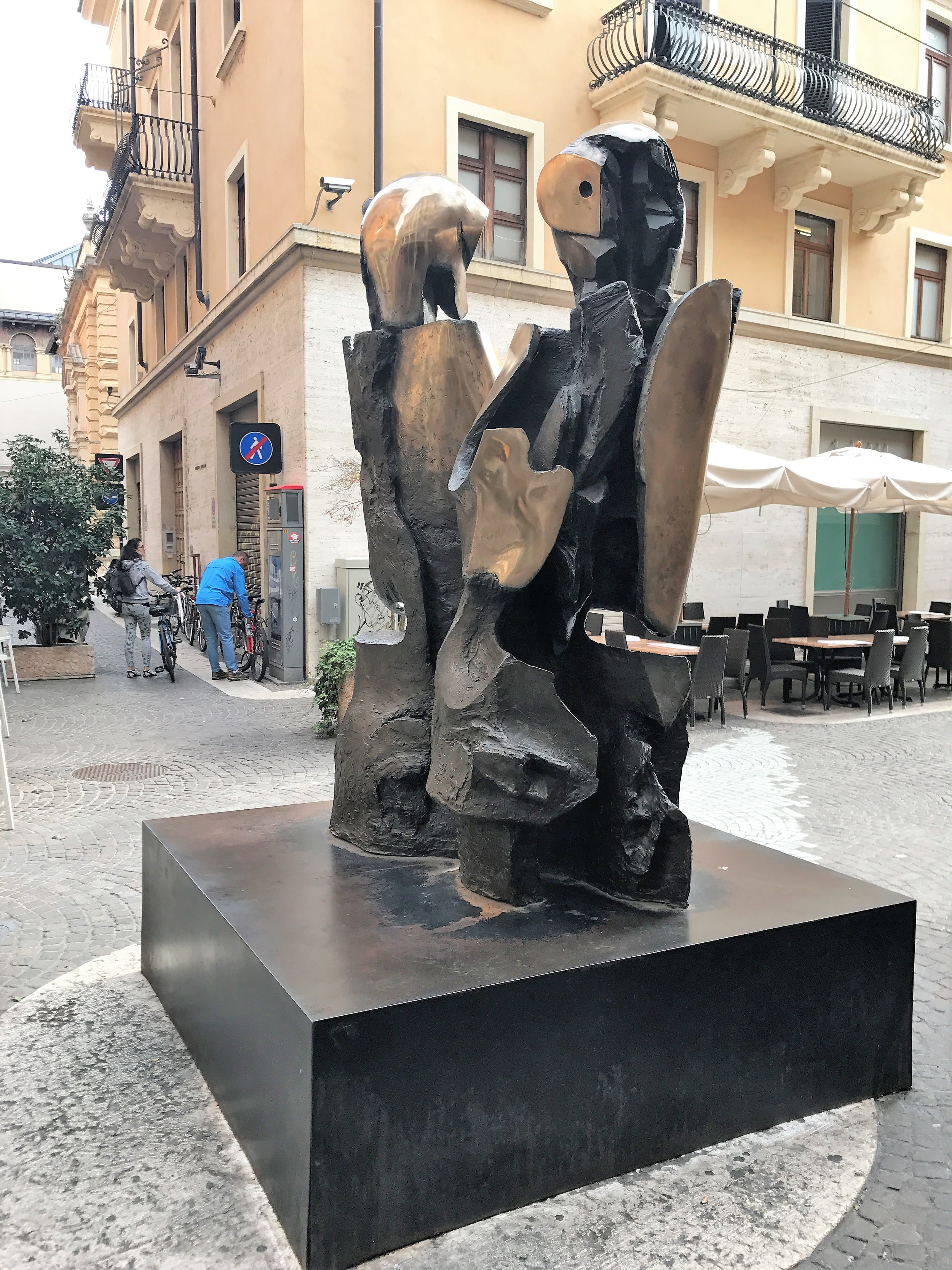 "References to ""Romeo and Juliet"" abound in Verona; this is a contemporary sculpture of the couple by Nag Arnoldi."