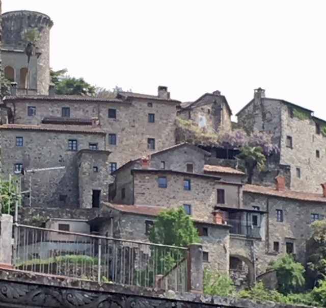 A Medieval village surrounds the castle ( castello ) in Bagnone.
