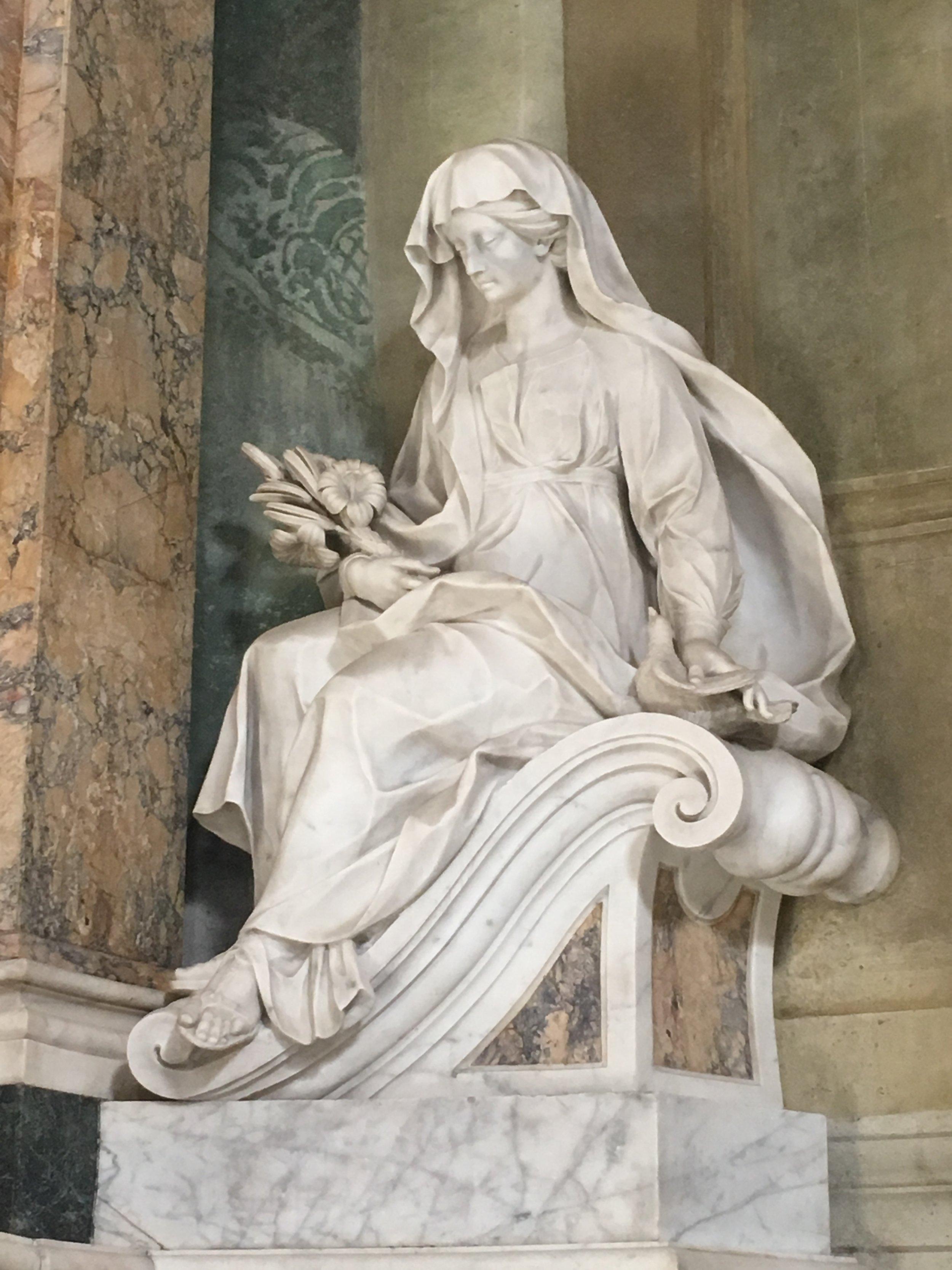 Statue, Chiesa di Santa Caterina