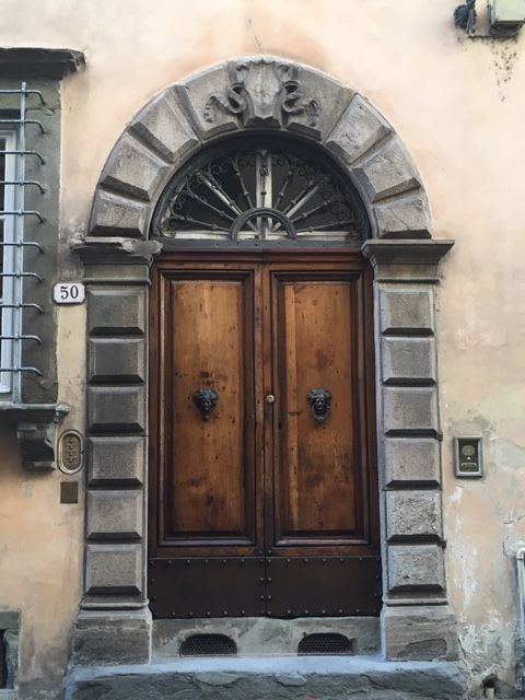 The front door to my new apartment in Lucca