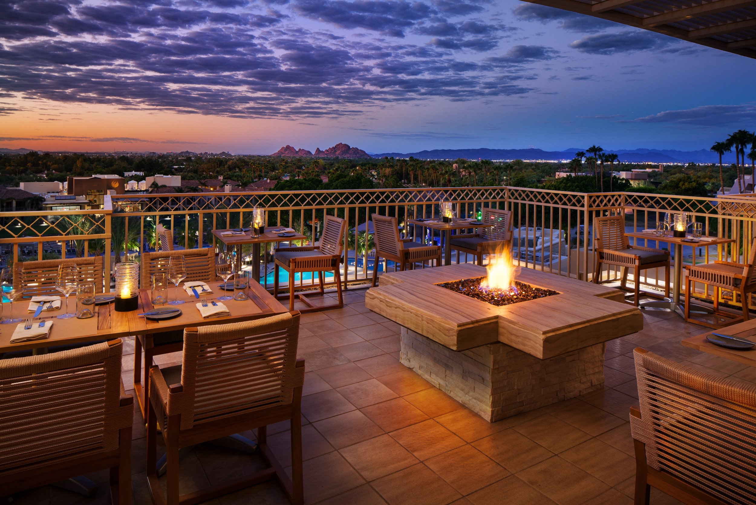 Patio   Soak in Scottsdale's nearly 330 days of annual sunshine on our stylishly refreshed outdoor dining deck.