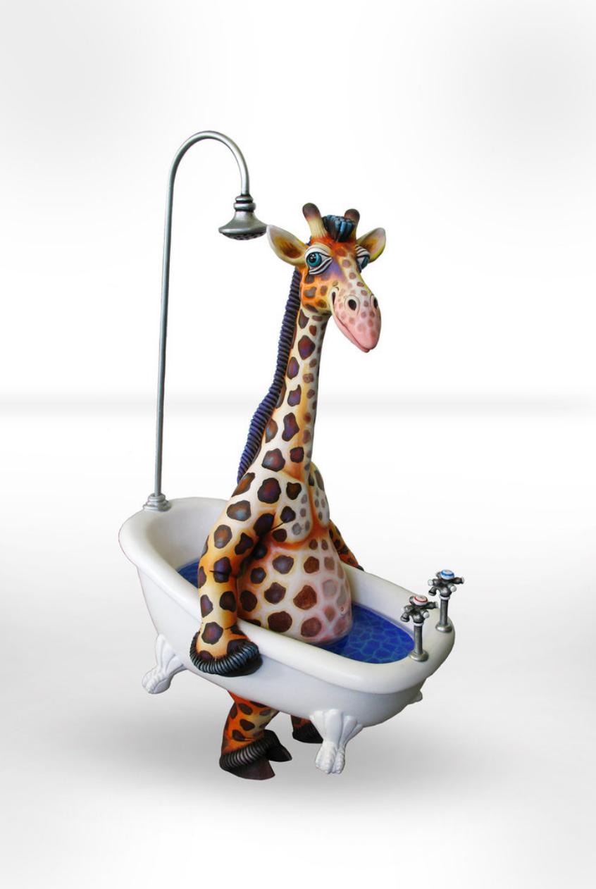 Giraffe Walking Bathtub