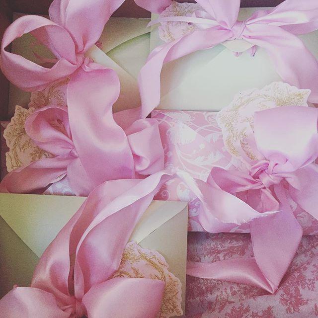 Perfectly wrapped 💕✨💕✨ . . . . #frenchrose #frenchlace #marieantoinette #versailles #palace #royal #mint #patina #pastel #luxuryblogger #luxuryfashion #shabbychic #shabbychicdecor #rusticwedding #handcrafted #parisienne #parisstyle #macarons #maisonladuree