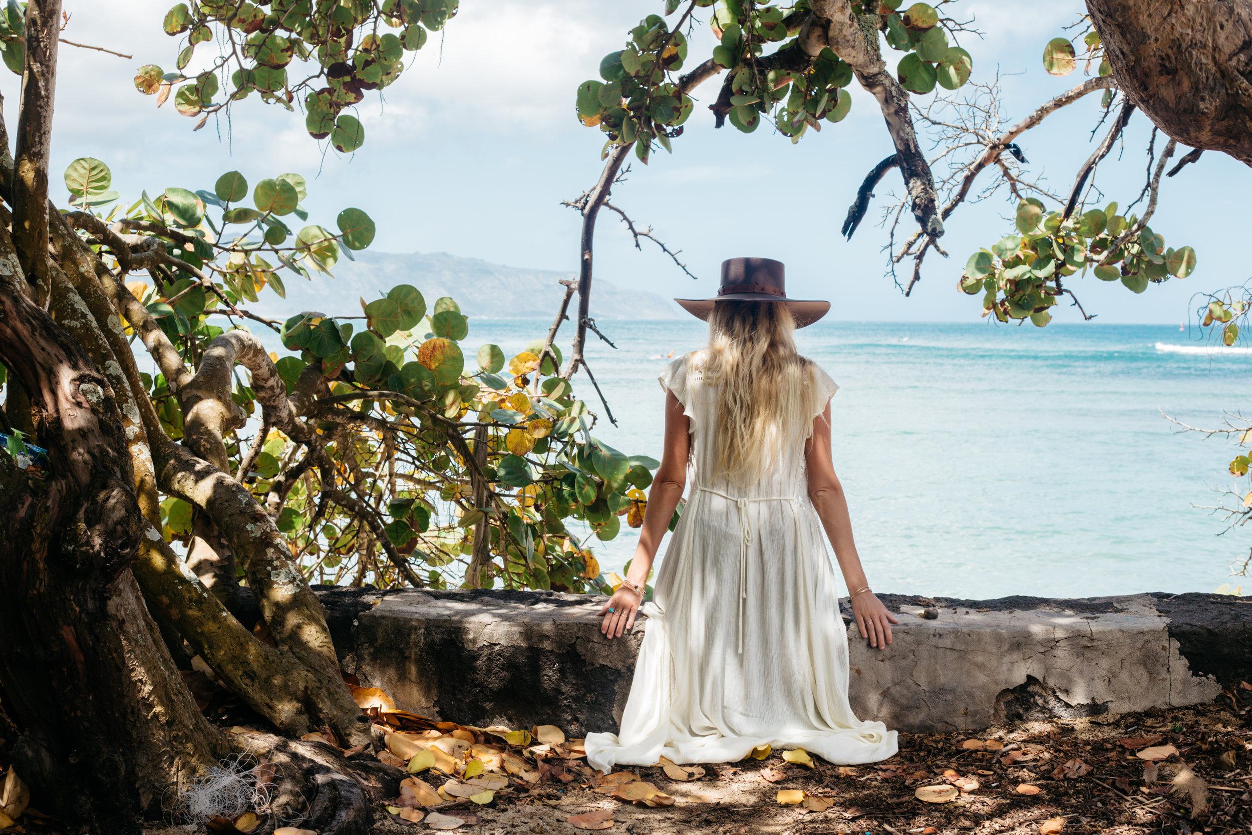 The Salty Blonde - Oahu - AROSE TRAVELS
