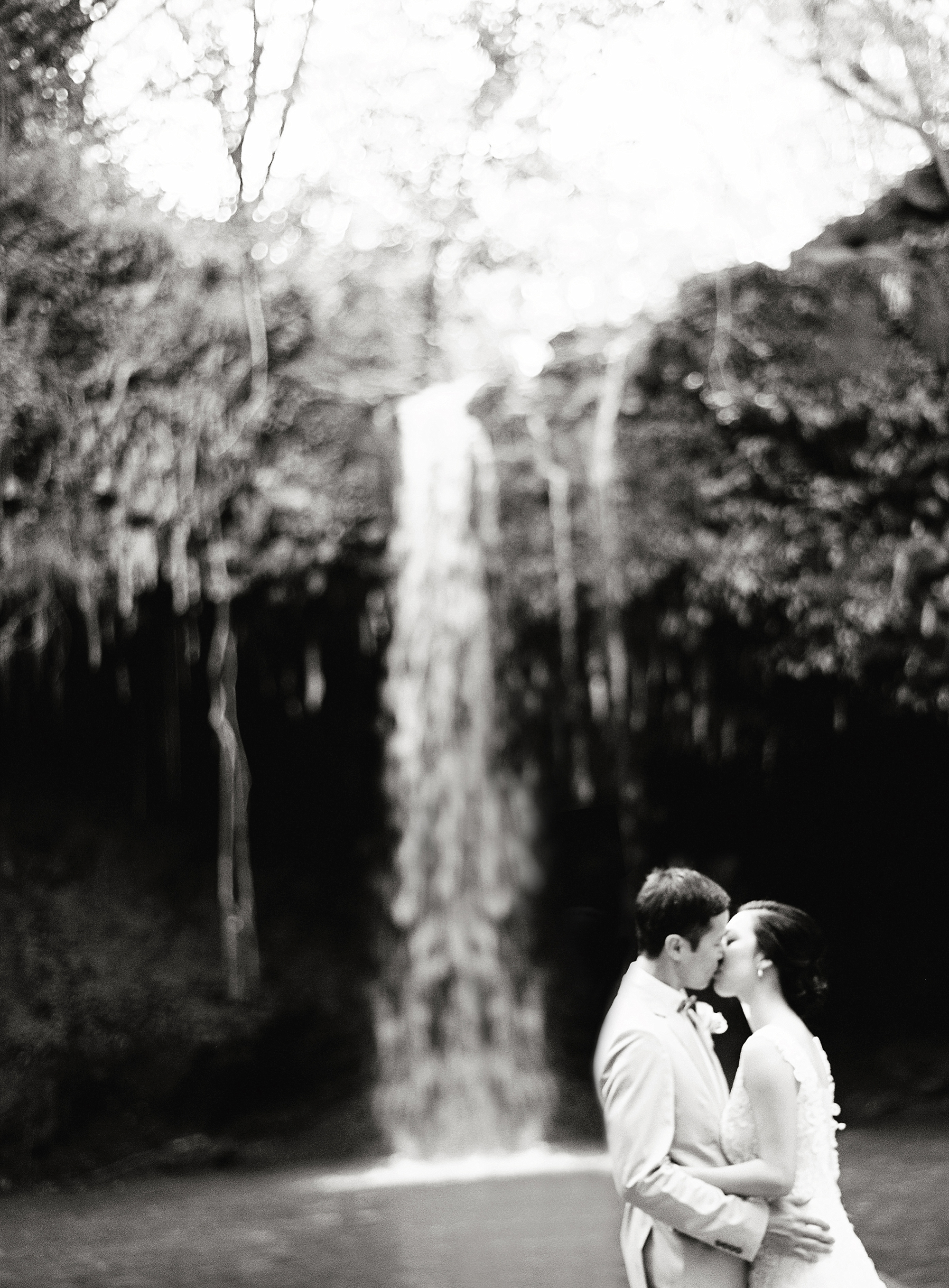 Maui Waterfall Elopement_0032.jpg
