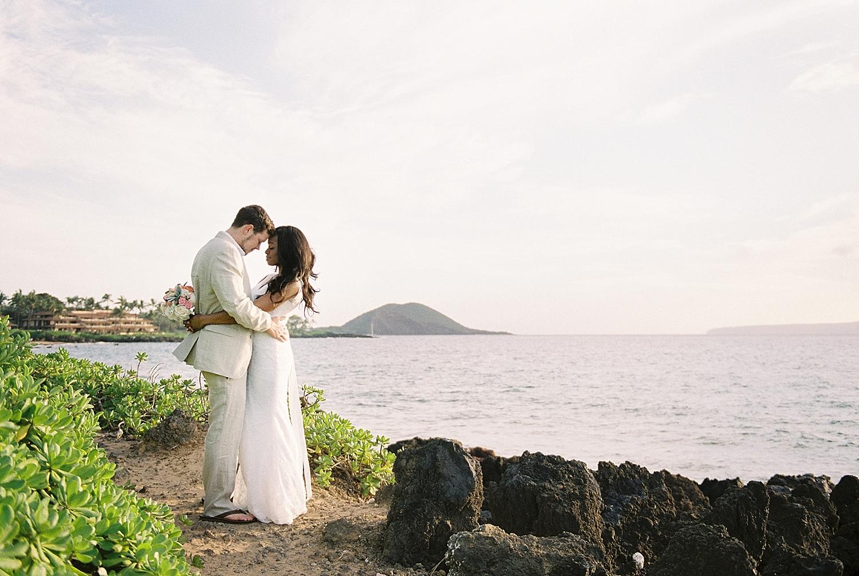 Maui-Beach-Elopement_0025.jpg
