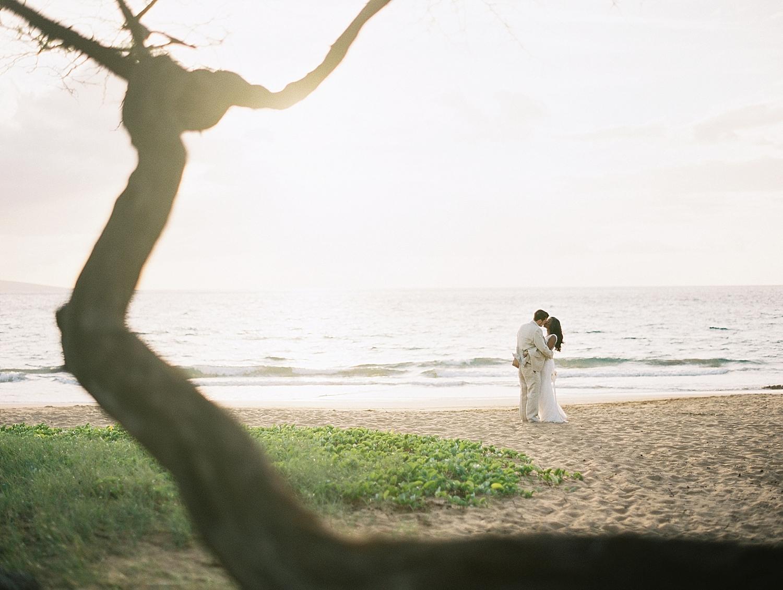 Maui-Beach-Elopement_0032.jpg