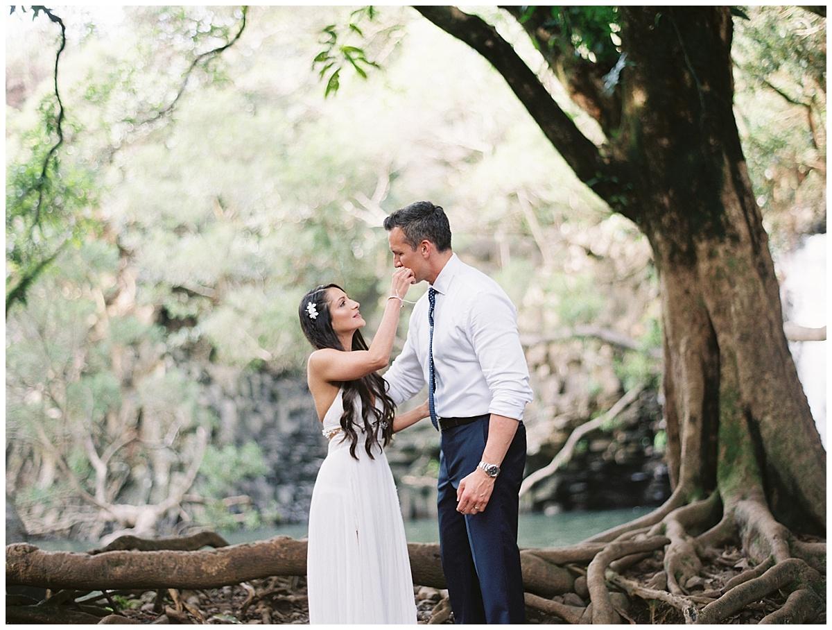 Maui-Waterfall-Wedding018.jpg
