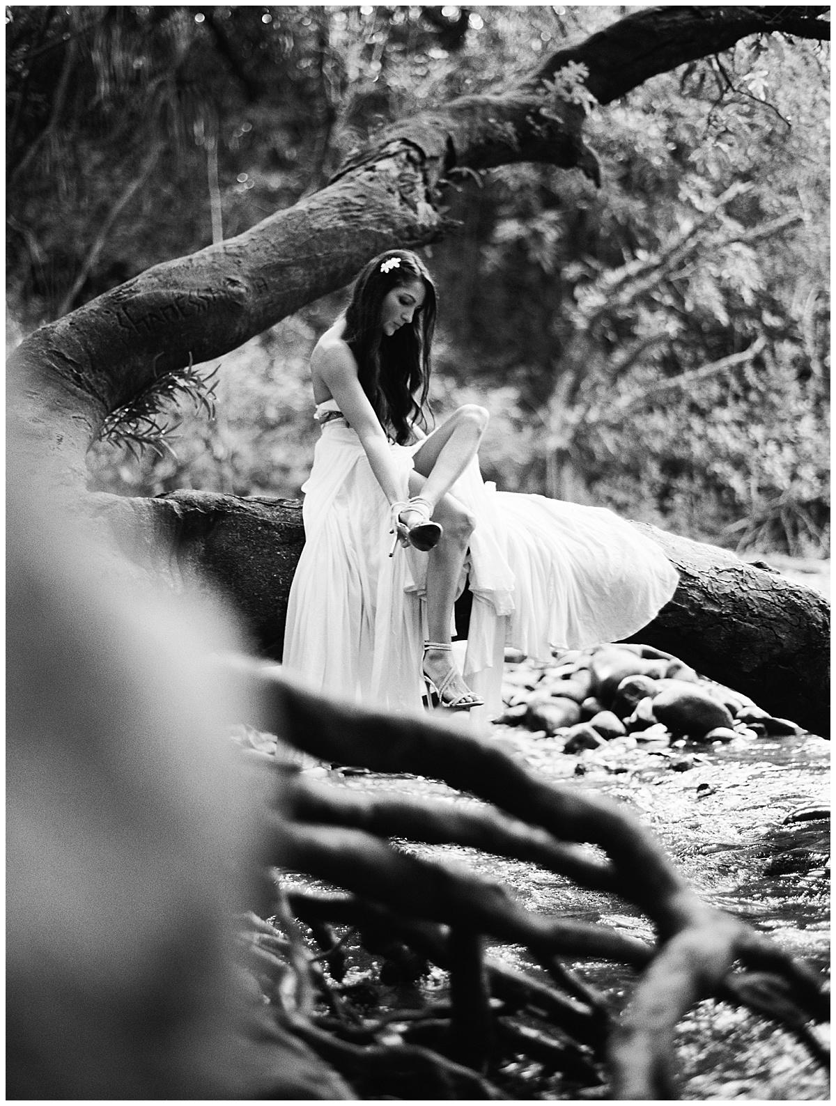 Maui-Waterfall-Wedding023.jpg