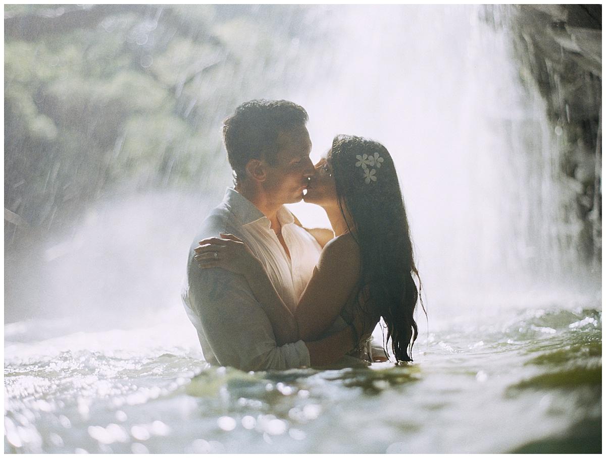 Maui-Waterfall-Wedding051.jpg