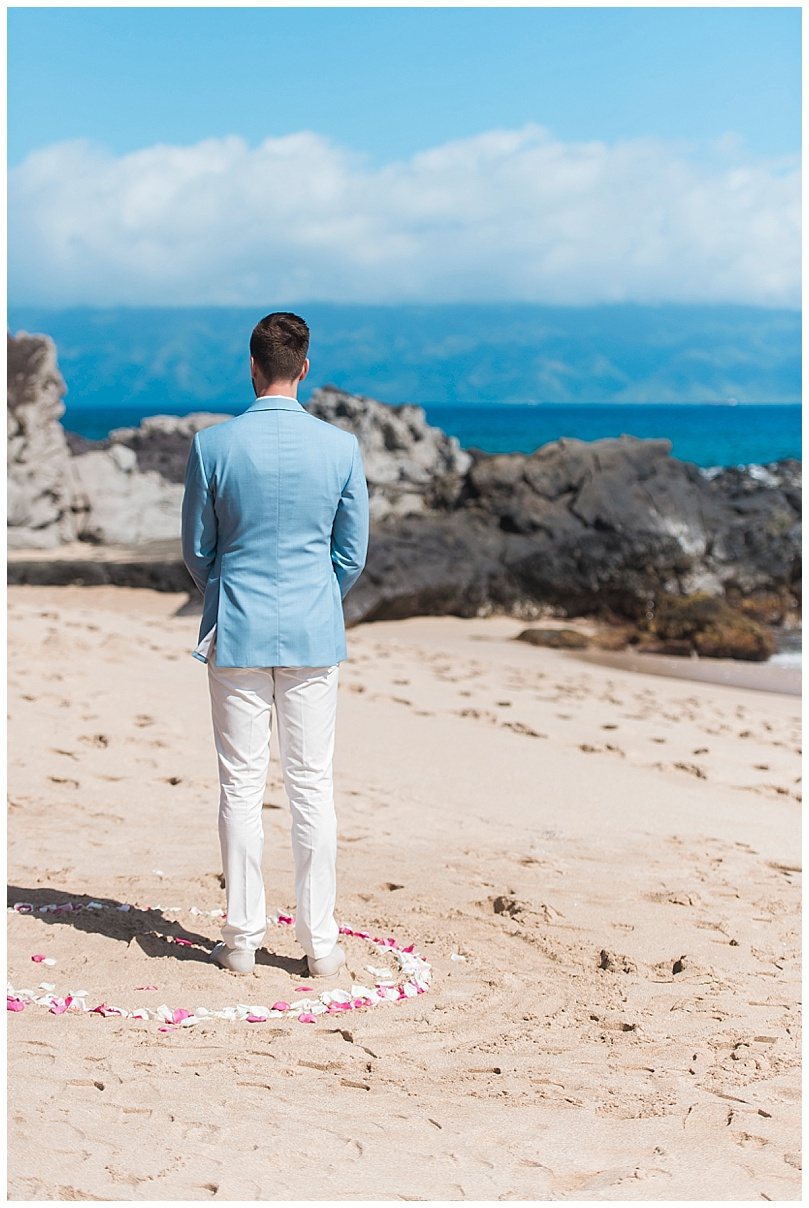 ironwoods-beach-elopement-maui-groom-waiting