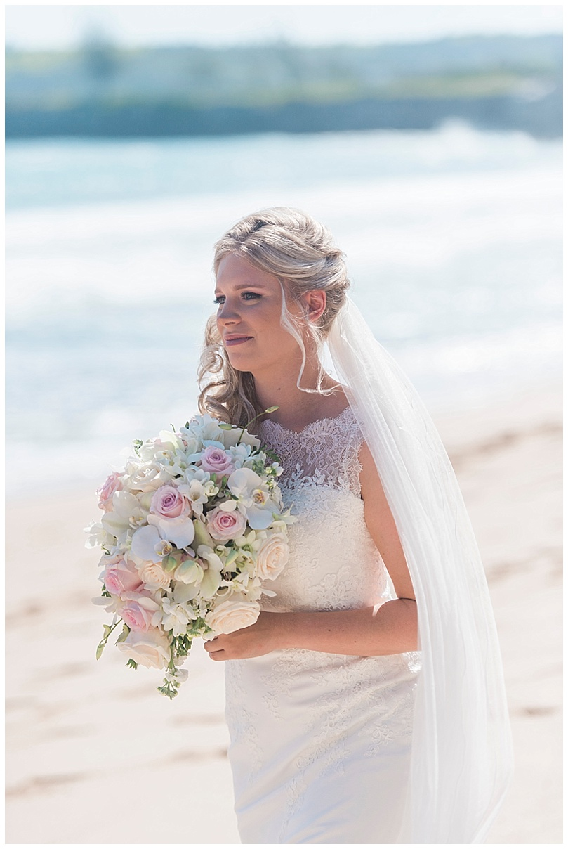 ironwoods-beach-elopement-maui-bride-walking-aisle