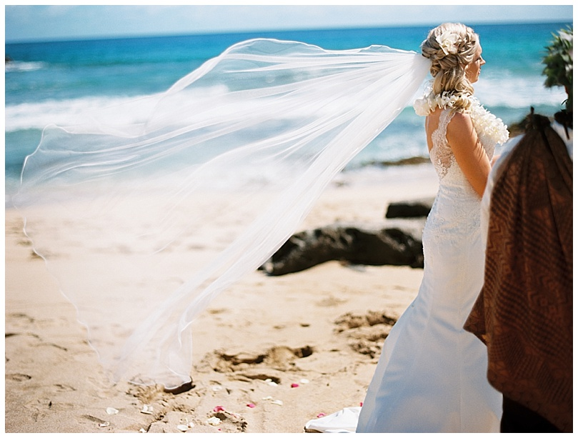 ironwoods-beach-elopement-maui-veil-wind