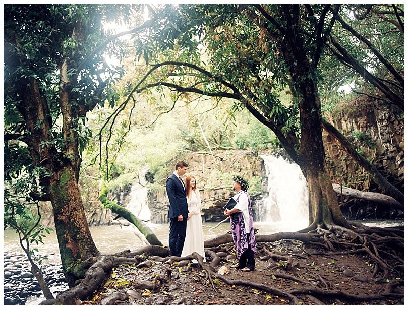 epic-maui-waterfall-elopement004.jpg