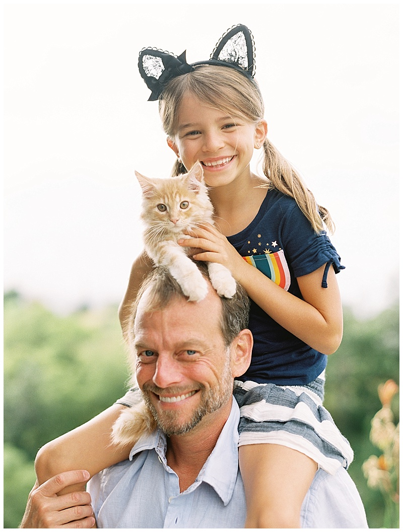 maui-family-photographer-magic-family-plus-kittens_0011.jpg