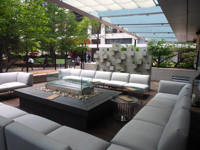 The DEQ Lounge