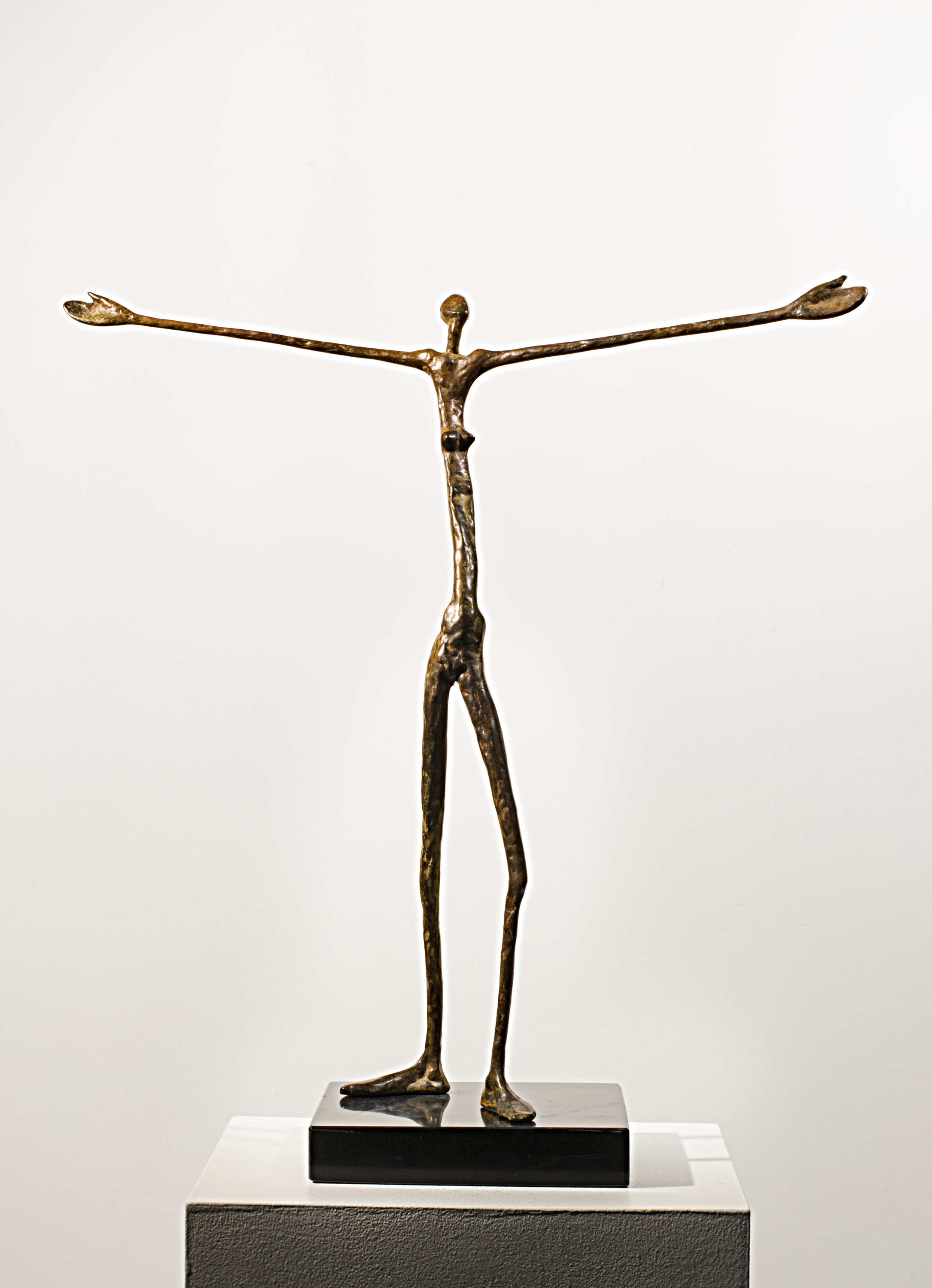 Embracing the World  Bronze Ed. /30 Lost wax 52 x 50 x 15 cm  Greeting the Day  Bronze Ed. /30 Lost wax 43 x 8 x 8 cm