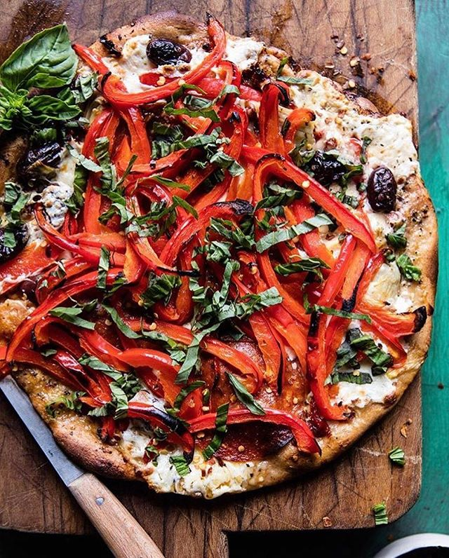 I recently gave this pizza from @halfbakedharvest a try and holy crap was it good!! I felt like I was temporarily whisked away to the crystal clear waters of Greece with every bite. Definitely worth a try. I did, however, experiment a little bit with the recipe. You can read about what I tried and my results up on the blog (link in bio). #halfbakedharvest #mediterraneanfood #tonightwepizza