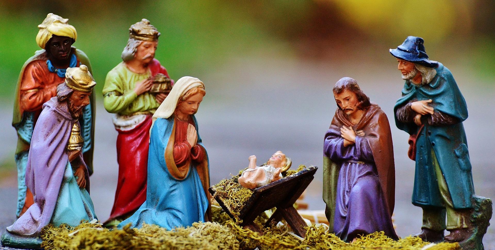 Mary-at-the-Nativity.jpg