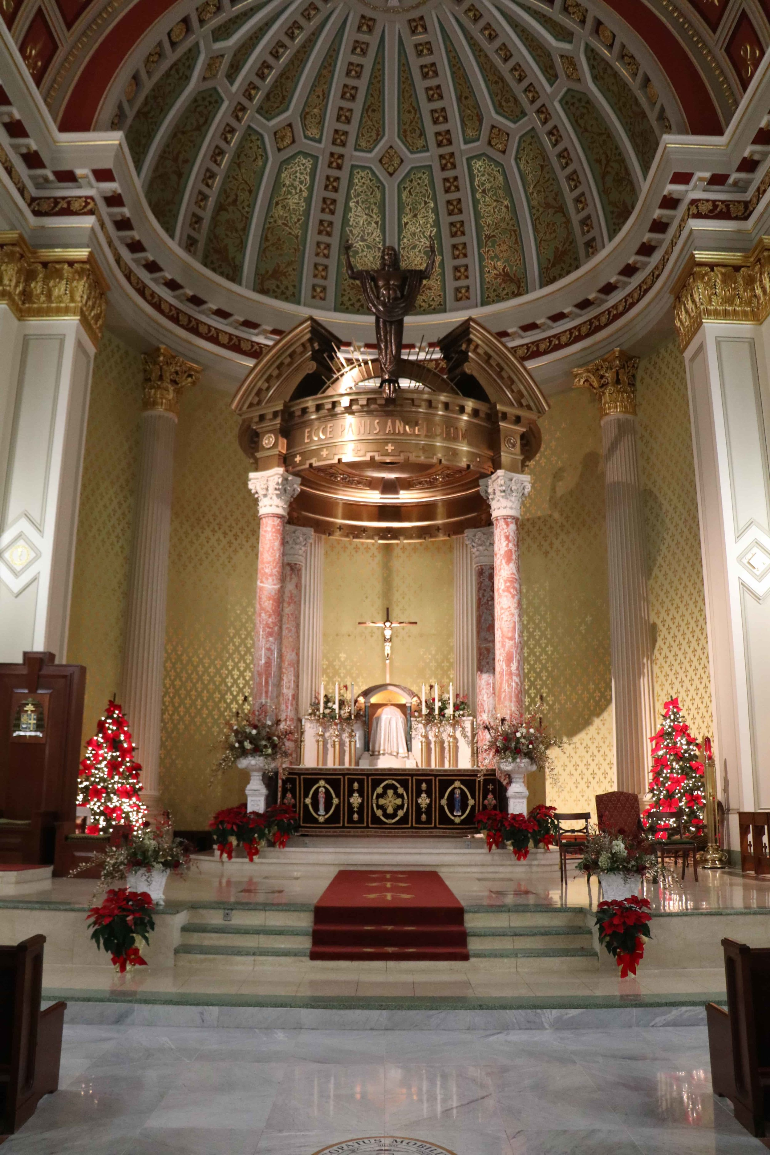 Altar of Cathedral Basilica of the Immaculate Conception, Mobile