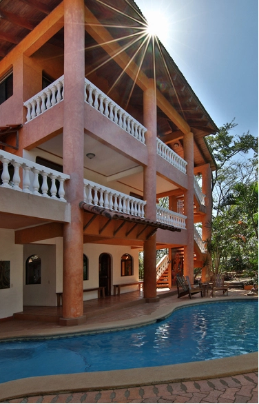 Main Yoga Casa and Pool