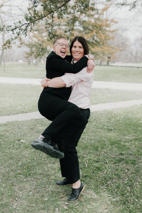 Alex & Ashley - Married - Nathaniel Jensen Photography - Omaha Nebraska Wedding Photography - Omaha Nebraska Wedding Photographer-165.jpg