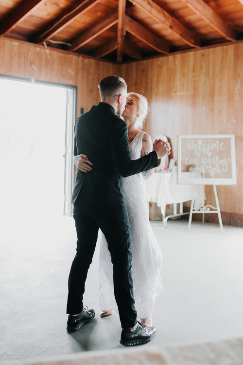 Alex & Ashley - Married - Nathaniel Jensen Photography - Omaha Nebraska Wedding Photography - Omaha Nebraska Wedding Photographer-397.jpg