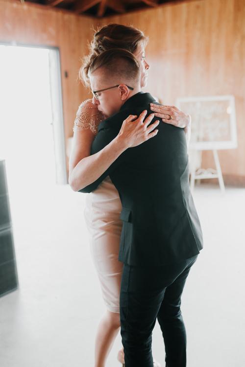 Alex & Ashley - Married - Nathaniel Jensen Photography - Omaha Nebraska Wedding Photography - Omaha Nebraska Wedding Photographer-422.jpg