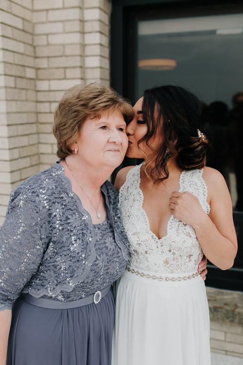 Caitlin & Jeff - Married - Nathaniel Jensen Photography - Omaha Nebraska Wedding Photography - Omaha Nebraska Wedding Photographer-166.jpg