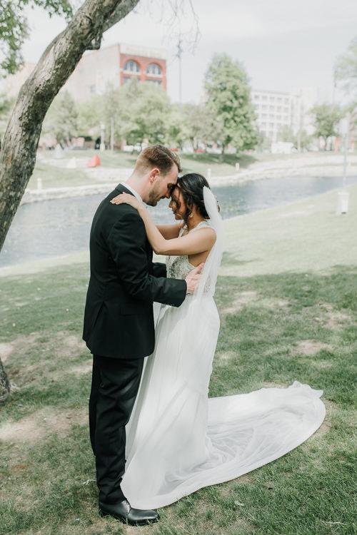 Caitlin & Jeff - Married - Nathaniel Jensen Photography - Omaha Nebraska Wedding Photography - Omaha Nebraska Wedding Photographer-199.jpg