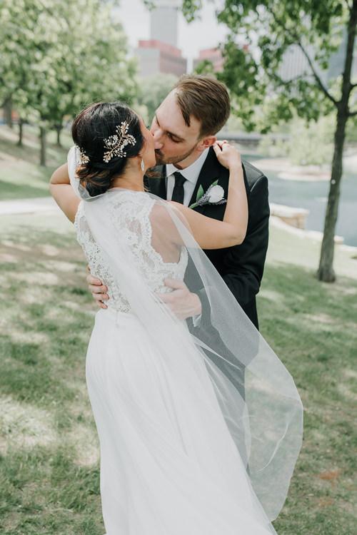 Caitlin & Jeff - Married - Nathaniel Jensen Photography - Omaha Nebraska Wedding Photography - Omaha Nebraska Wedding Photographer-205.jpg