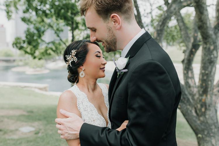 Caitlin & Jeff - Married - Nathaniel Jensen Photography - Omaha Nebraska Wedding Photography - Omaha Nebraska Wedding Photographer-210.jpg