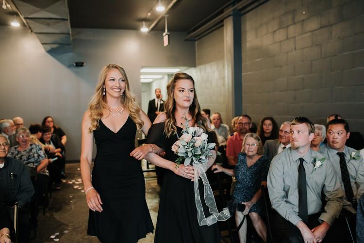 Caitlin & Jeff - Married - Nathaniel Jensen Photography - Omaha Nebraska Wedding Photography - Omaha Nebraska Wedding Photographer-316.jpg
