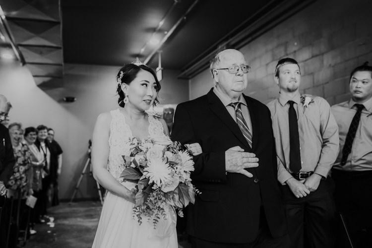 Caitlin & Jeff - Married - Nathaniel Jensen Photography - Omaha Nebraska Wedding Photography - Omaha Nebraska Wedding Photographer-329.jpg