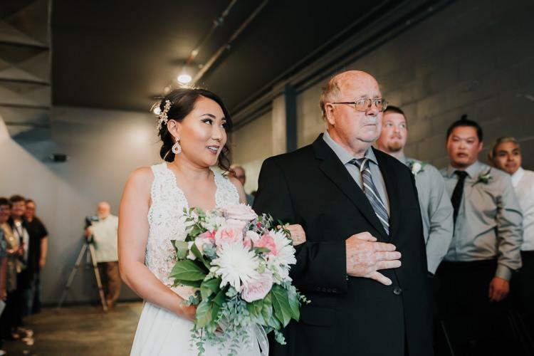 Caitlin & Jeff - Married - Nathaniel Jensen Photography - Omaha Nebraska Wedding Photography - Omaha Nebraska Wedding Photographer-330.jpg