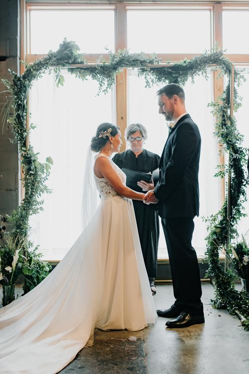 Caitlin & Jeff - Married - Nathaniel Jensen Photography - Omaha Nebraska Wedding Photography - Omaha Nebraska Wedding Photographer-335.jpg