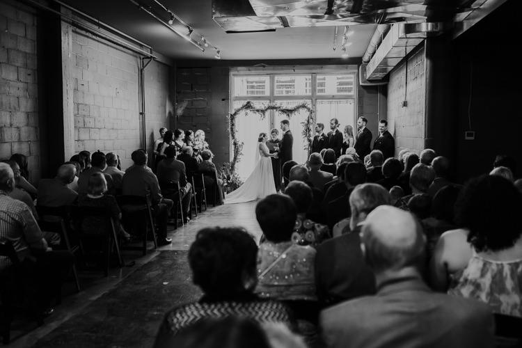 Caitlin & Jeff - Married - Nathaniel Jensen Photography - Omaha Nebraska Wedding Photography - Omaha Nebraska Wedding Photographer-339.jpg