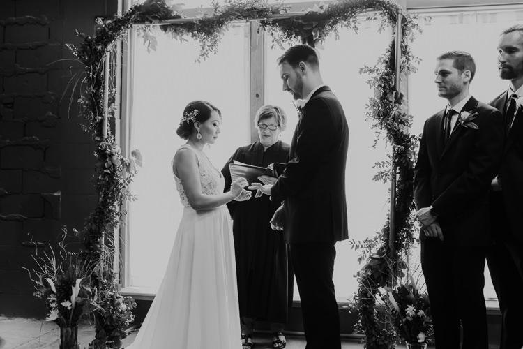 Caitlin & Jeff - Married - Nathaniel Jensen Photography - Omaha Nebraska Wedding Photography - Omaha Nebraska Wedding Photographer-343.jpg