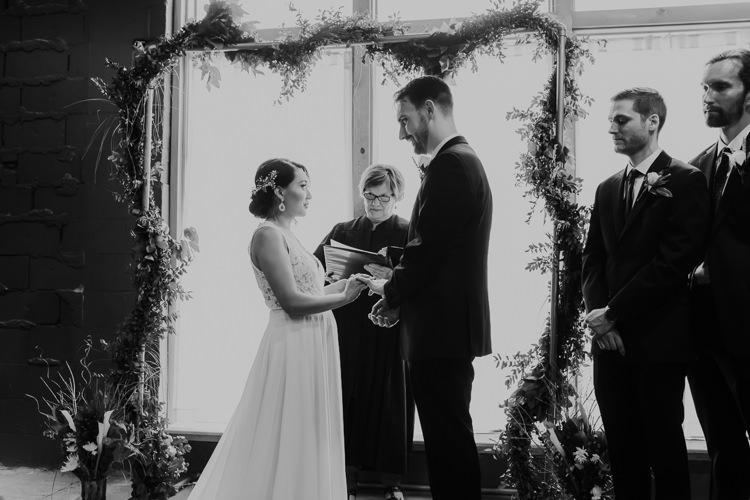 Caitlin & Jeff - Married - Nathaniel Jensen Photography - Omaha Nebraska Wedding Photography - Omaha Nebraska Wedding Photographer-344.jpg