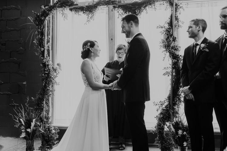 Caitlin & Jeff - Married - Nathaniel Jensen Photography - Omaha Nebraska Wedding Photography - Omaha Nebraska Wedding Photographer-346.jpg