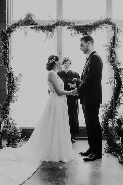 Caitlin & Jeff - Married - Nathaniel Jensen Photography - Omaha Nebraska Wedding Photography - Omaha Nebraska Wedding Photographer-348.jpg