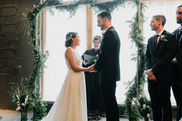 Caitlin & Jeff - Married - Nathaniel Jensen Photography - Omaha Nebraska Wedding Photography - Omaha Nebraska Wedding Photographer-347.jpg