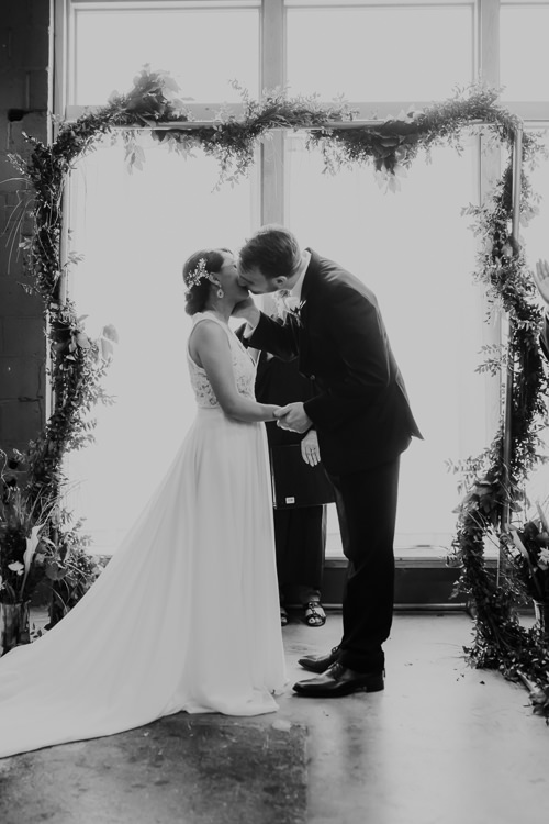 Caitlin & Jeff - Married - Nathaniel Jensen Photography - Omaha Nebraska Wedding Photography - Omaha Nebraska Wedding Photographer-352.jpg