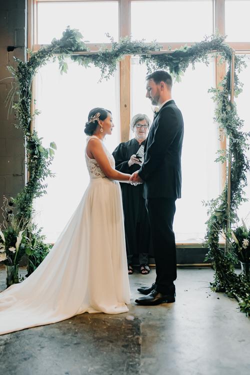 Caitlin & Jeff - Married - Nathaniel Jensen Photography - Omaha Nebraska Wedding Photography - Omaha Nebraska Wedding Photographer-351.jpg